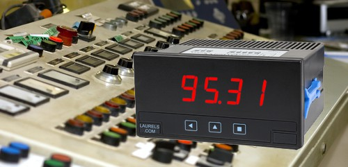 L40A panel meter with instrument panel